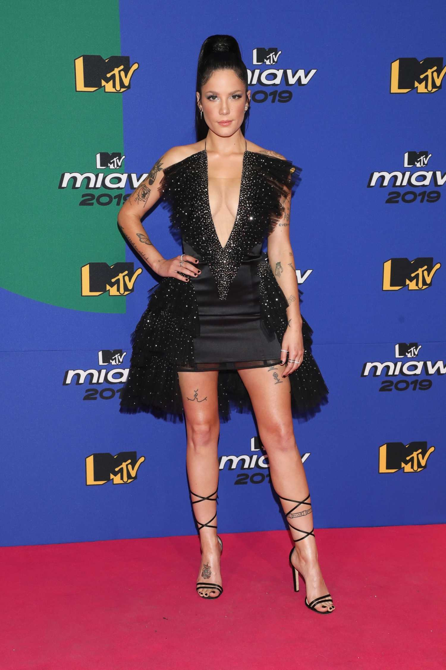 Halsey Attends The Mtv Miaw Awards In Mexico City Celeb