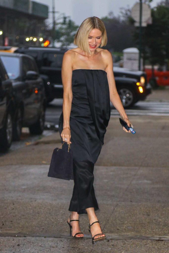Naomi Watts in a Black Pants