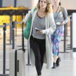 Rachel Bilson in a Gray Cardigan Arrives at Pearson International Airport in Toronto