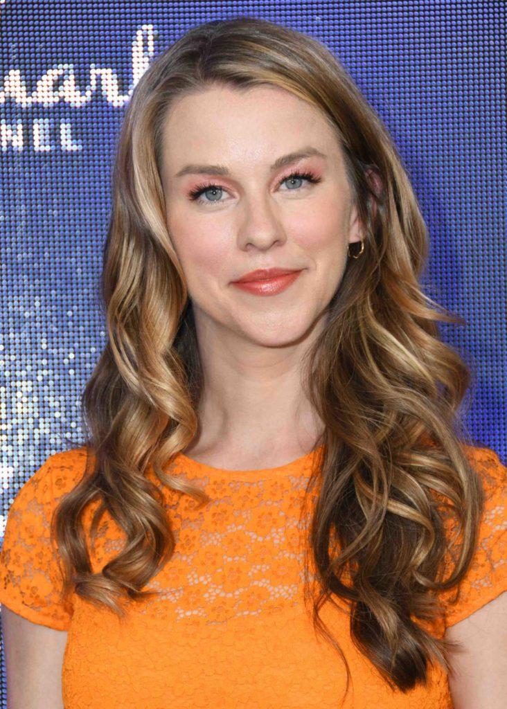 Kim Shaw Attends Hallmark Movies And Mysteries Summer TCA