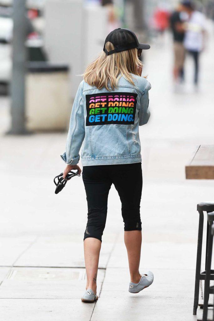 Sarah Michelle Gellar in a Blue Denim Jacket