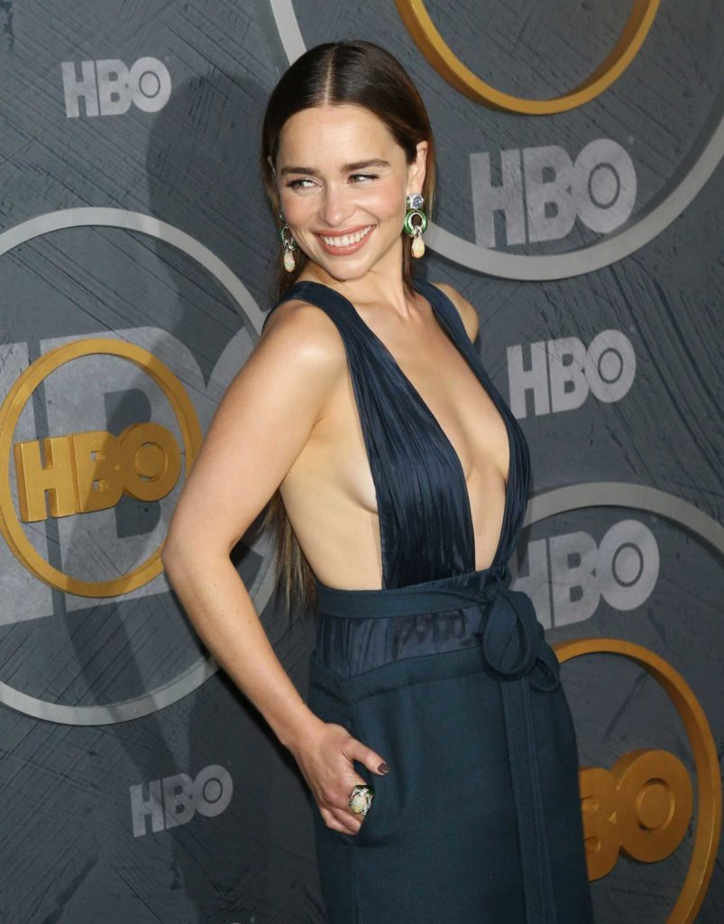 Emilia Clarke Attends Hbo S Official 2019 Emmy After Party