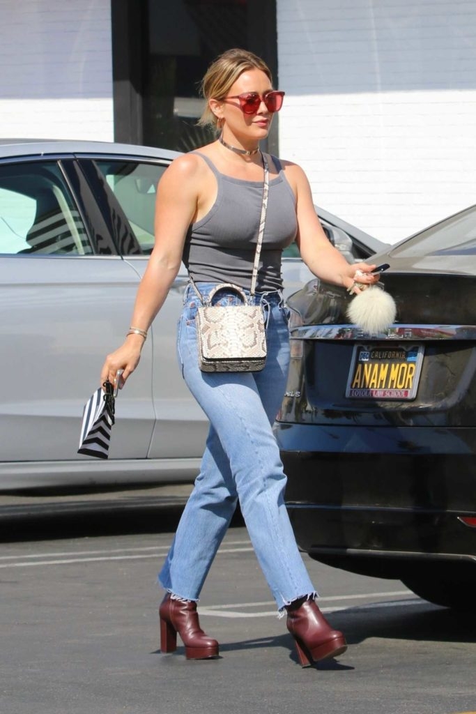 Hilary Duff in a Gray Top