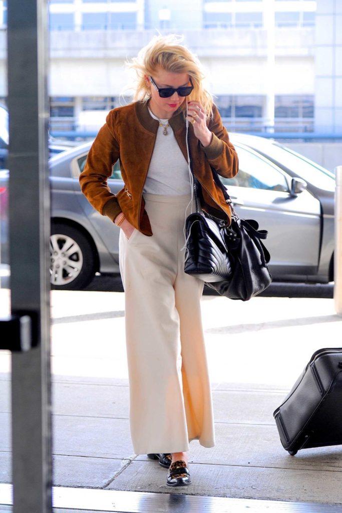 Amber Heard in a White Pants