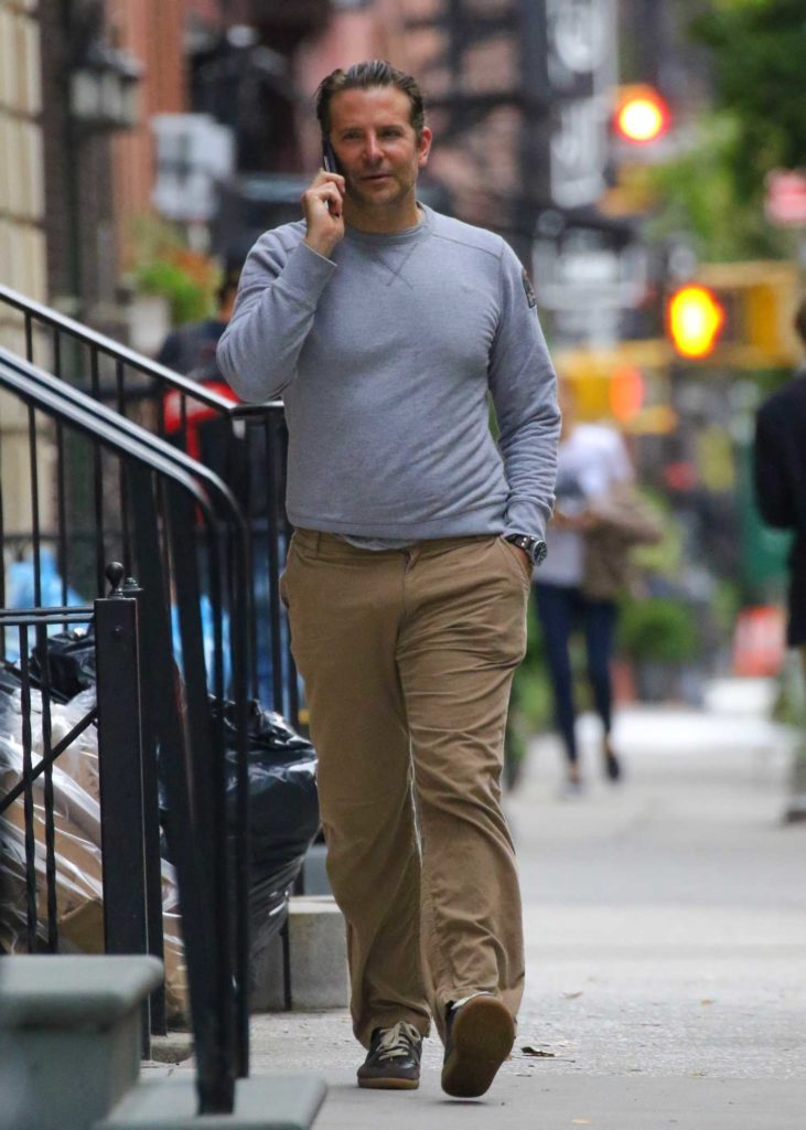 Bradley Cooper in a Gray Sweatshirt