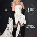 Gwen Stefani Attends 2019 E! People's Choice Awards at Barker Hangar in Santa Monica