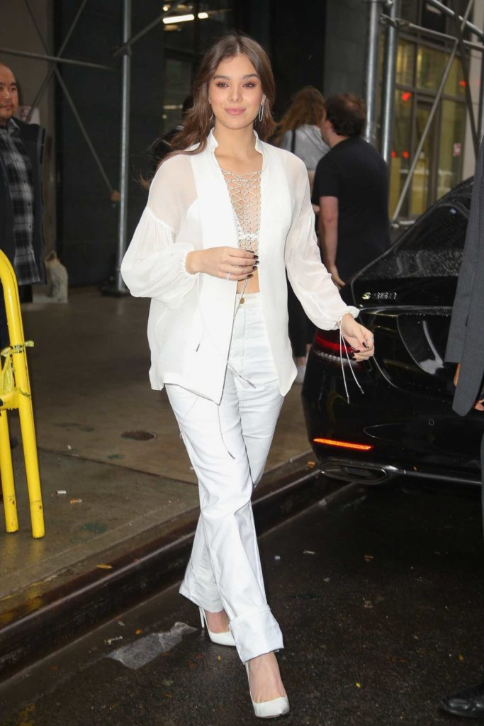 Hailee Steinfeld in a White Blouse
