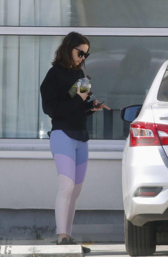 Ana de Armas in a White Leggings