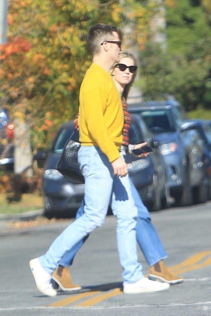 Chris Pine in a Yellow Sweatshirt