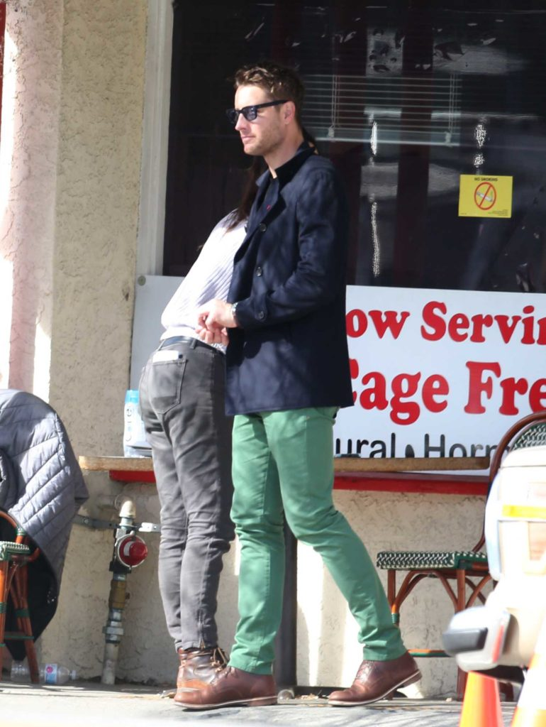 Justin Hartley in a Green Pants