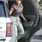 Kim Kardashian in a Gray Pants Arrives at Emilio's Trattoria for Lunch in Encino