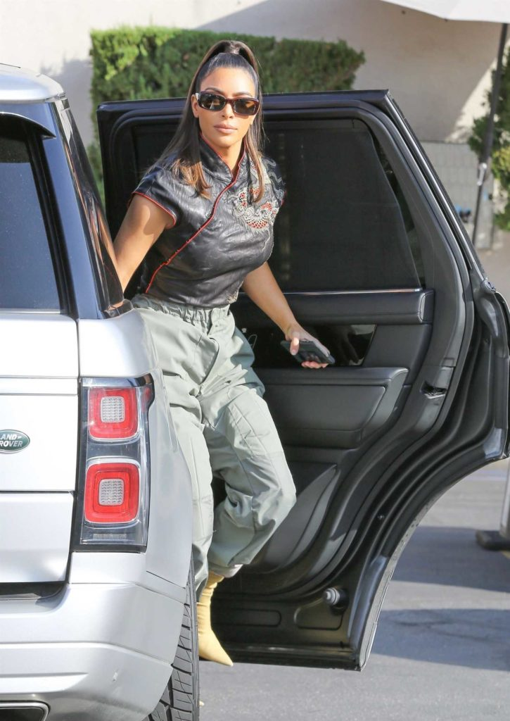Kim Kardashian in a Gray Pants