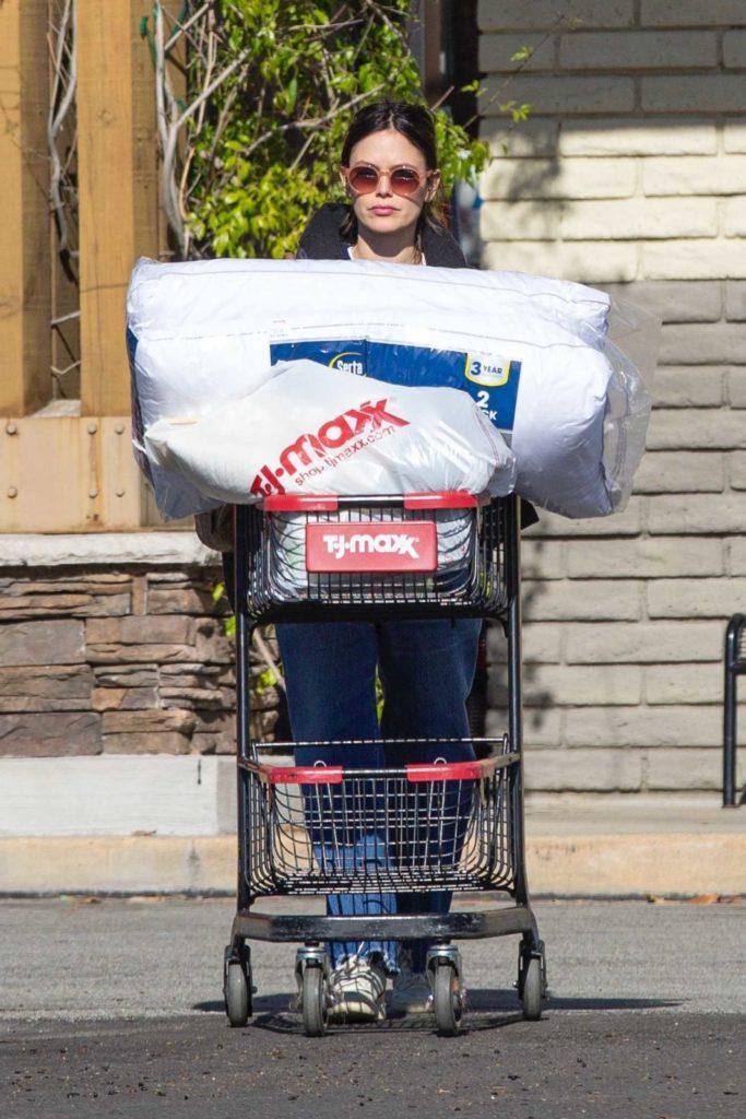 Rachel Bilson in a White Sneakers