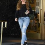 Sofia Vergara in a Blue Ripped Jeans Was Spotted Out in Beverly Hills