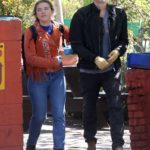 Florence Pugh in a Blue Medical Gloves Was Seen Out with Zach Braff in Los Angeles