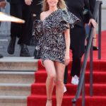 Heidi Klum Arrives on the Red Carpet for the Start of Ameirica's Got Talent in Pasadena
