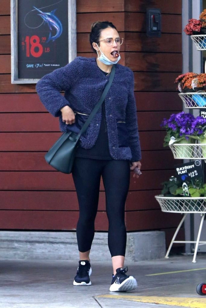 Jordana Brewster in a Face Mask