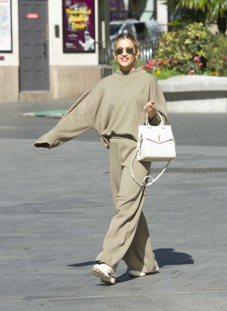 Ashley Roberts in a Beige Sweatsuit