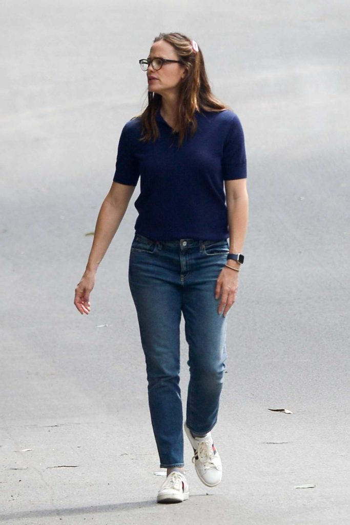 Jennifer Garner in a Blue Polo