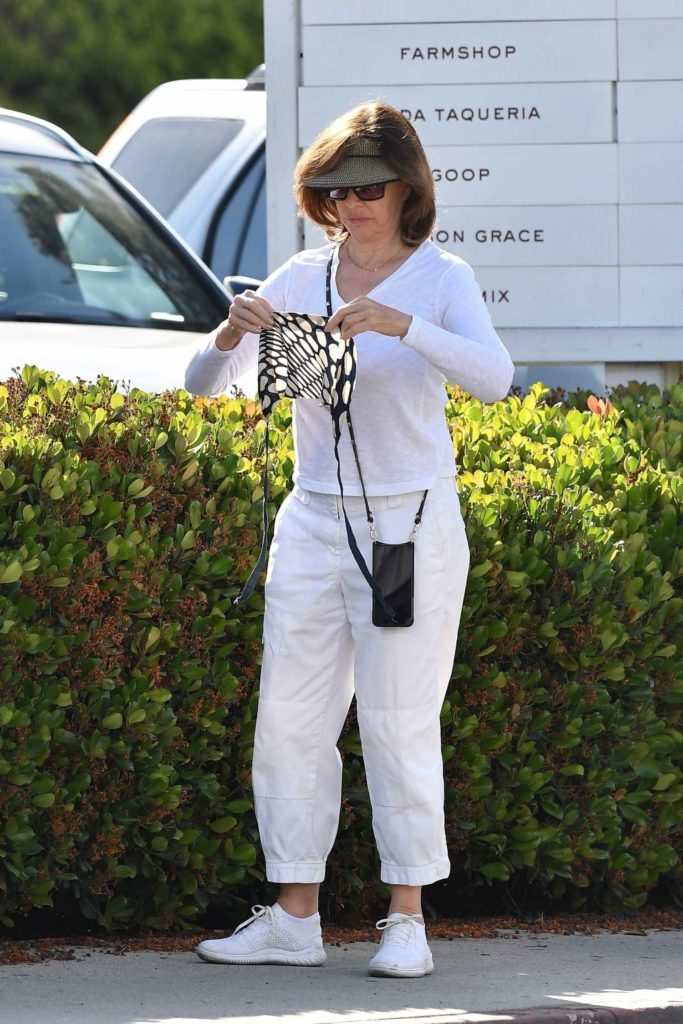 Anne Archer in a White Long Sleeves T-Shirt Was Seen Out