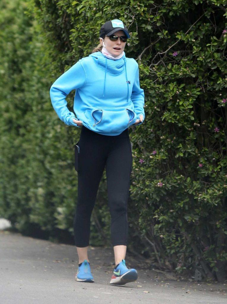 Courtney Thorne-Smith in a Black Cap