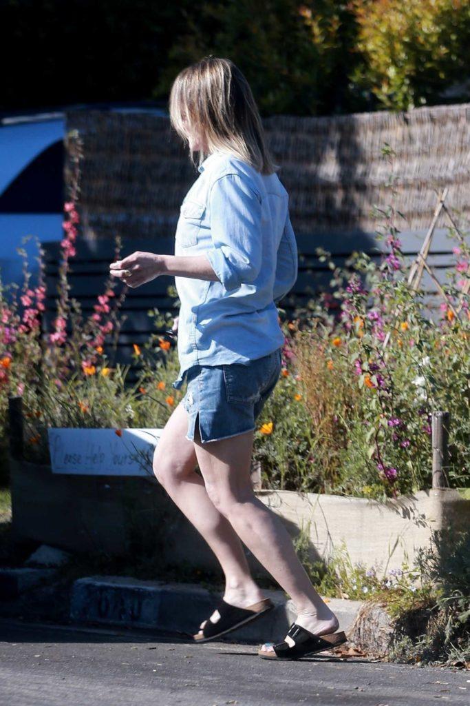 Helen Hunt in a Blue Denim Shirt