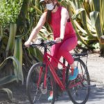 Isla Fisher in a Red Leggings Does a Bike Ride in Los Angeles