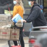 April Love Geary in a Yellow Sweatshirt Goes Shopping Out with Robin Thicke in Malibu