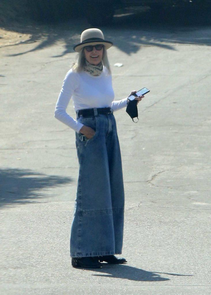 Diane Keaton in a Beige Bowler