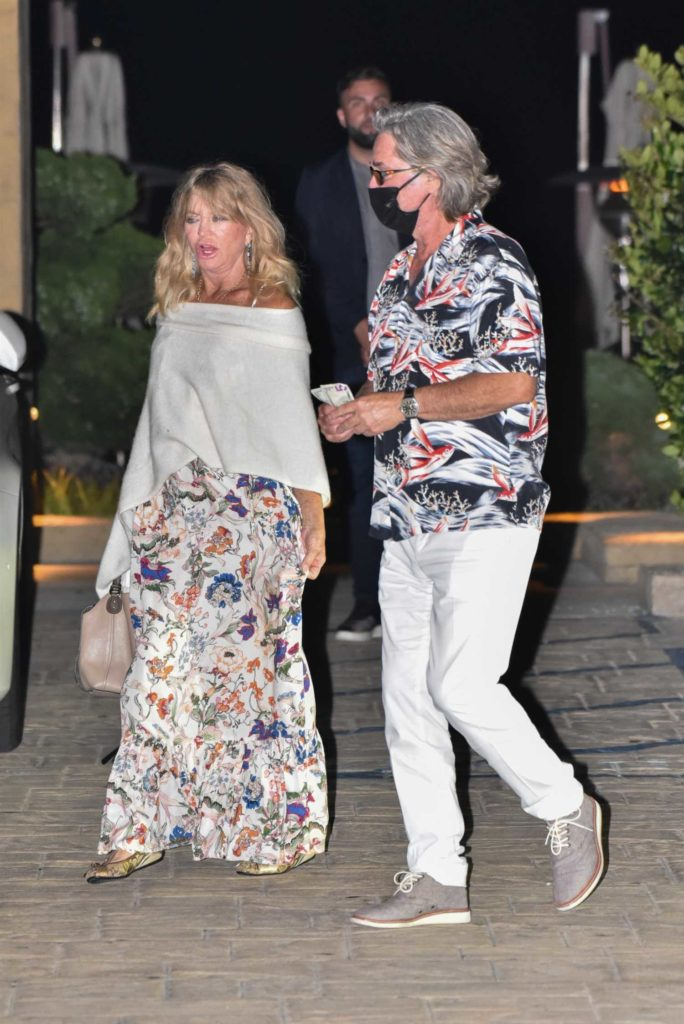 Goldie Hawn in a Floral Dress