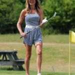 Lizzie Cundy in a White Sneakers Was Seen on the Golf Course in London