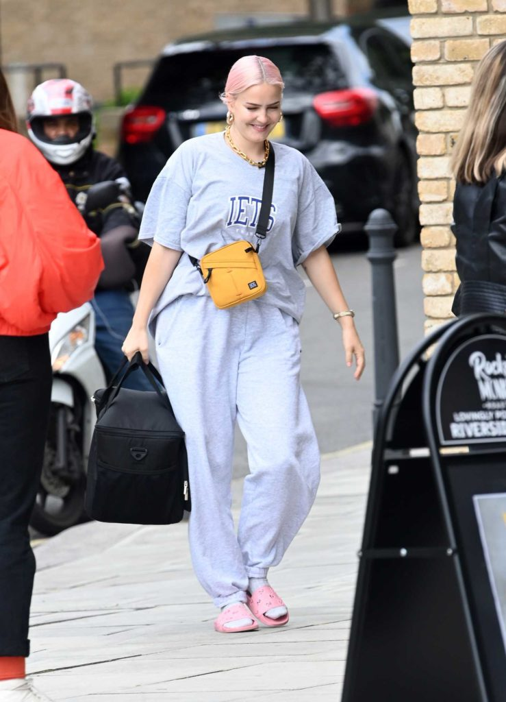 Anne-Marie in a Gray Tee