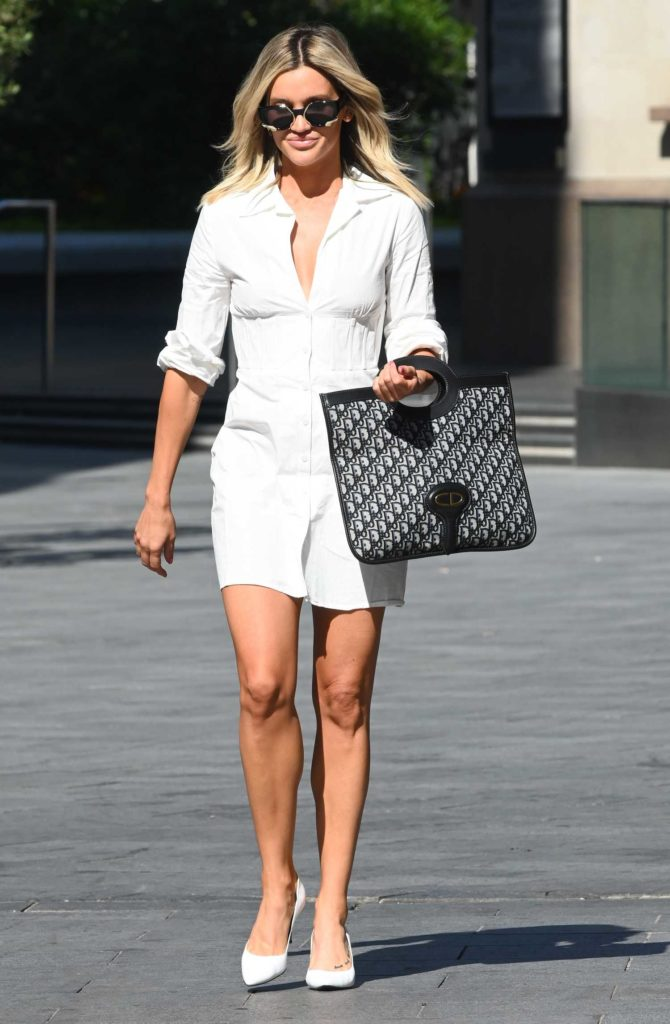 Ashley Roberts in a White Shirt Dress