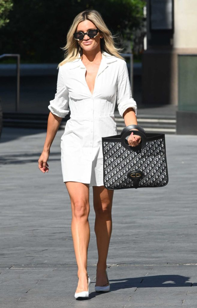 Ashley Roberts in a White Shirt Dress