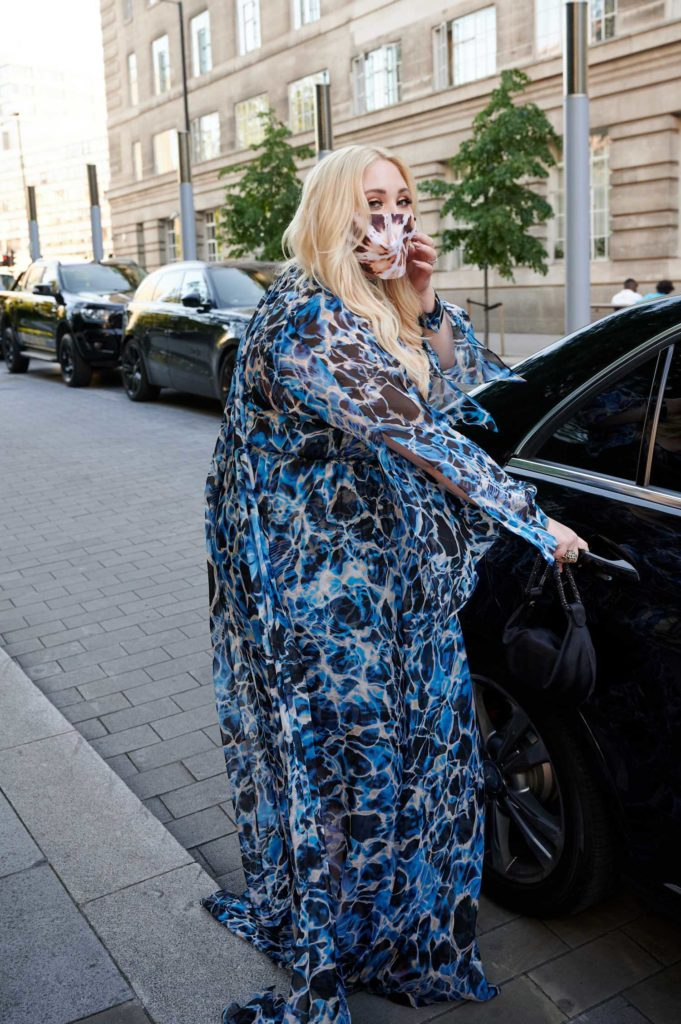 Hayley Hasselhoff in a Blue Floral Dress