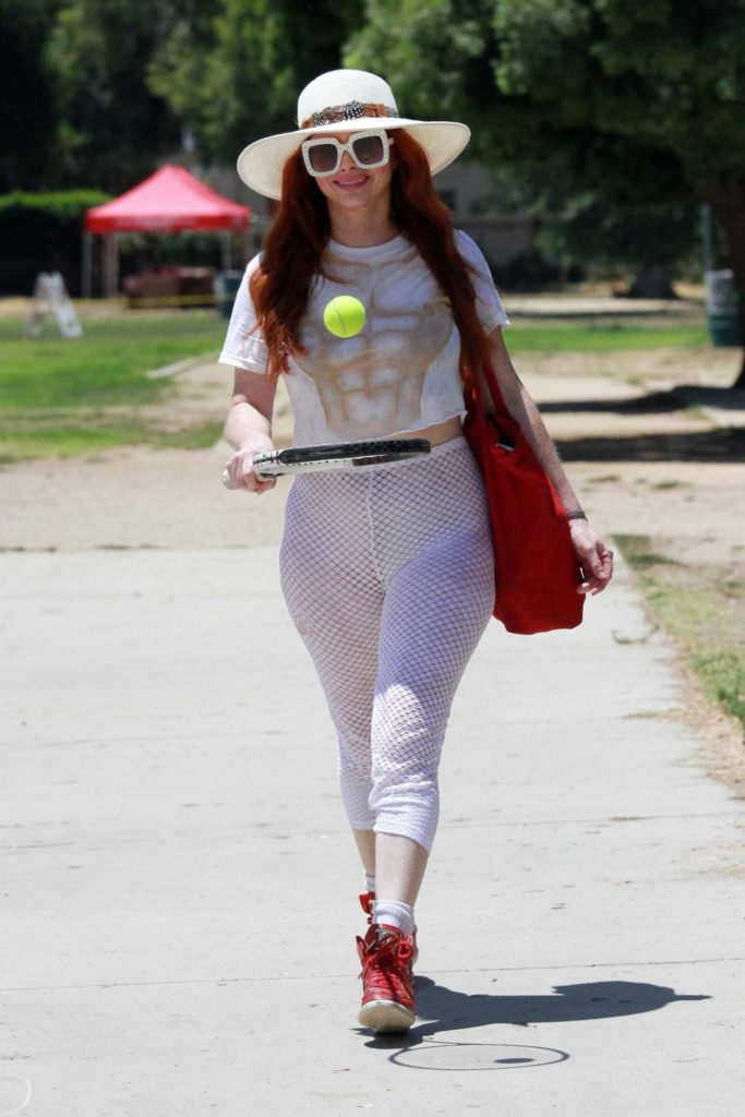 Phoebe Price in a White Summer Hat