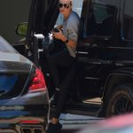 Rosie Huntington-Whiteley in a Gray Sweatshirt Arrives at the Gym in West Hollywood