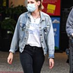 Kristen Stewart in a Denim Jacket Goes Shopping Out with Dylan Meyer at the Ralphs Supermarket in Malibu