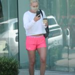 Lindsey Vonn in a Pink Shorts Leaves a Salon in Los Angeles
