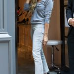 Sarah Jessica Parker in a Black Protective Mask Visits SJP Collection Midtown Shoe Store in Midtown, New York