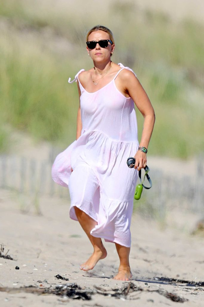 Scarlett Johansson in a Purple Summer Dress