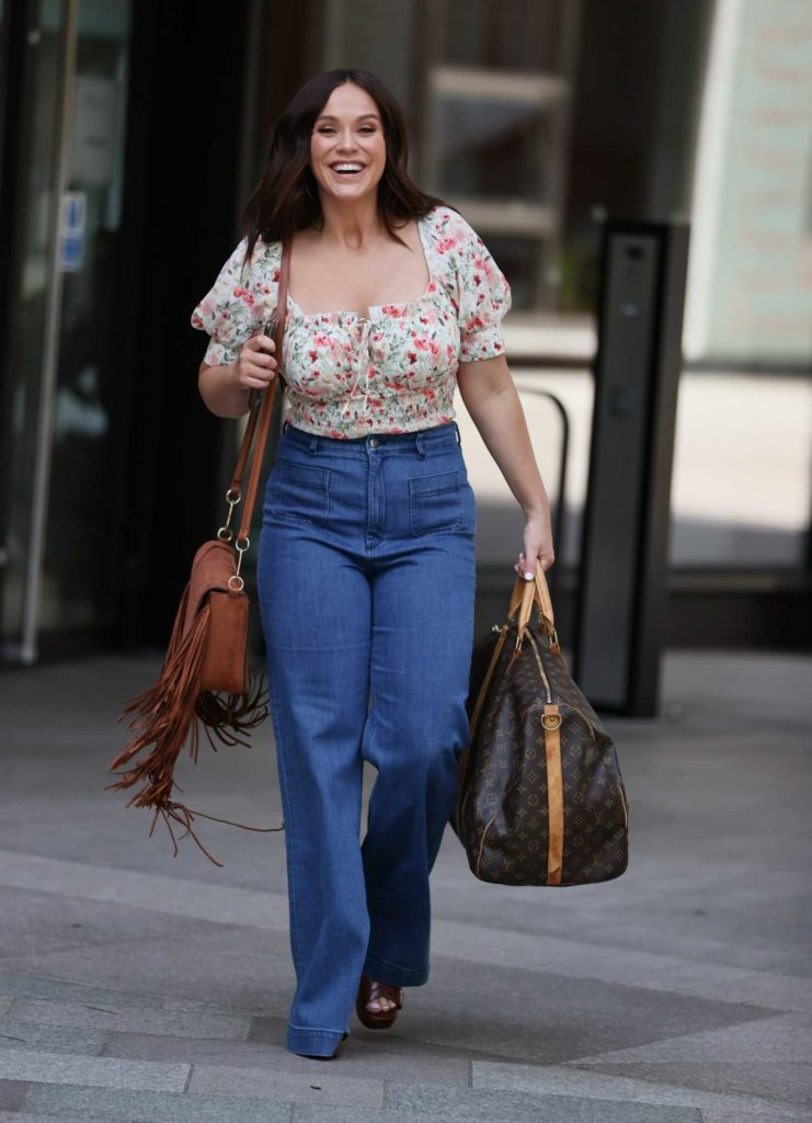 Vicky Pattison in a Floral Blouse