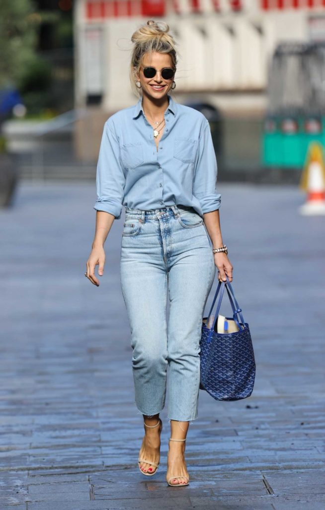 Vogue Williams in a Blue Tight Denim Trousers