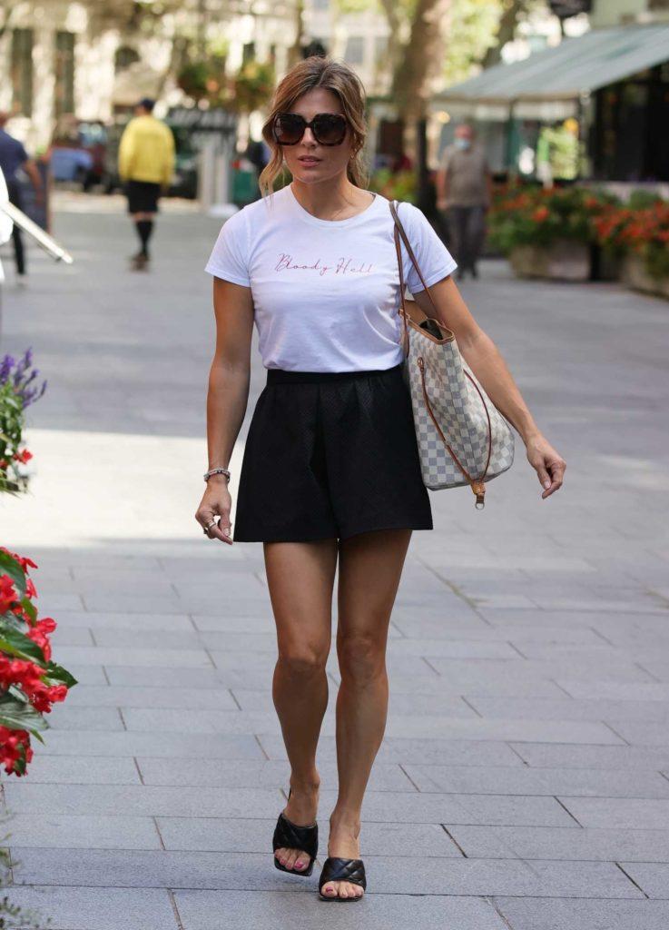 Zoe Hardman in a Black Shorts