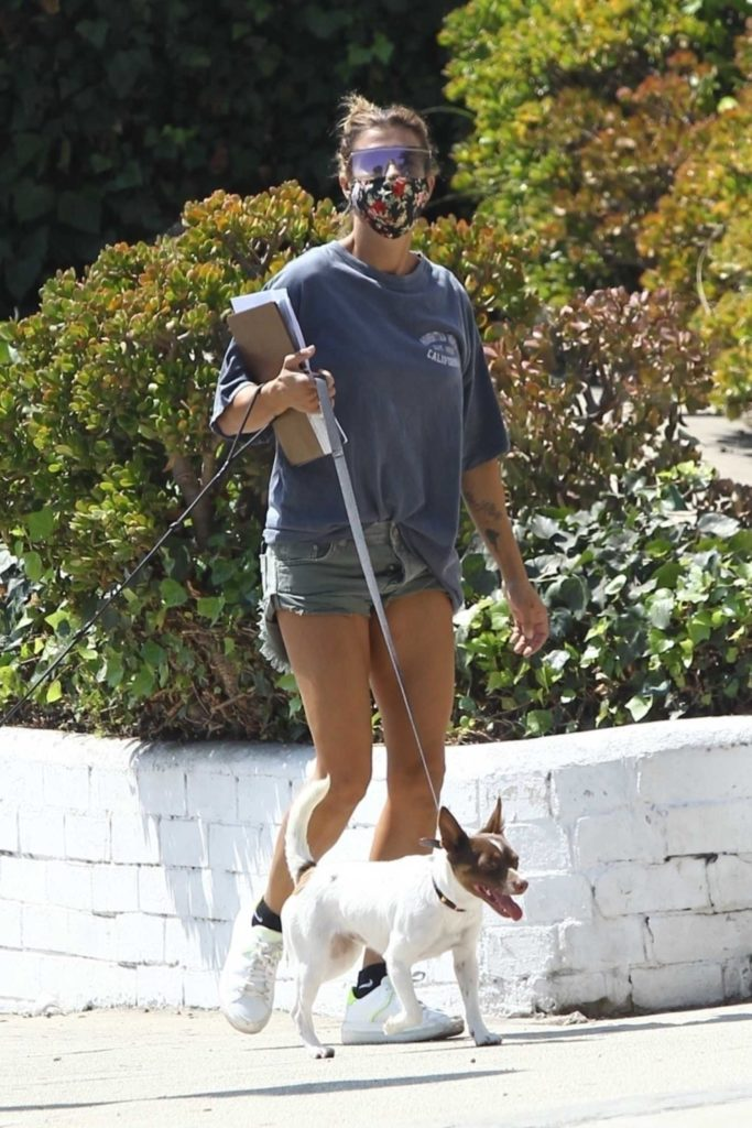 Elisabetta Canalis in a White Sneakers