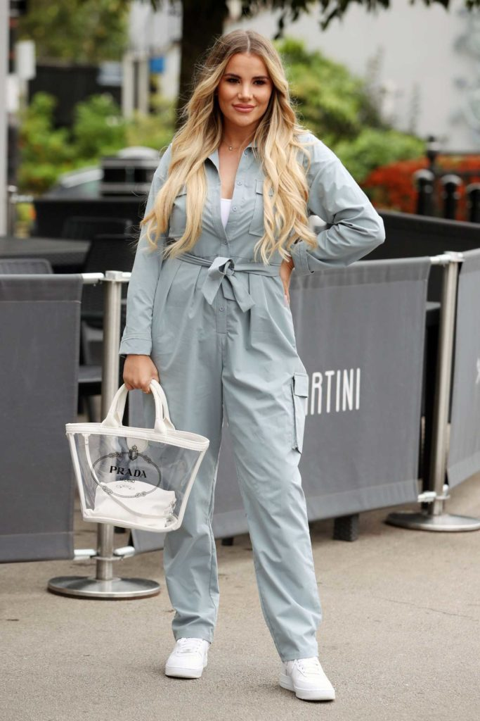 Georgia Kousoulou in a Gray Jumpsuit