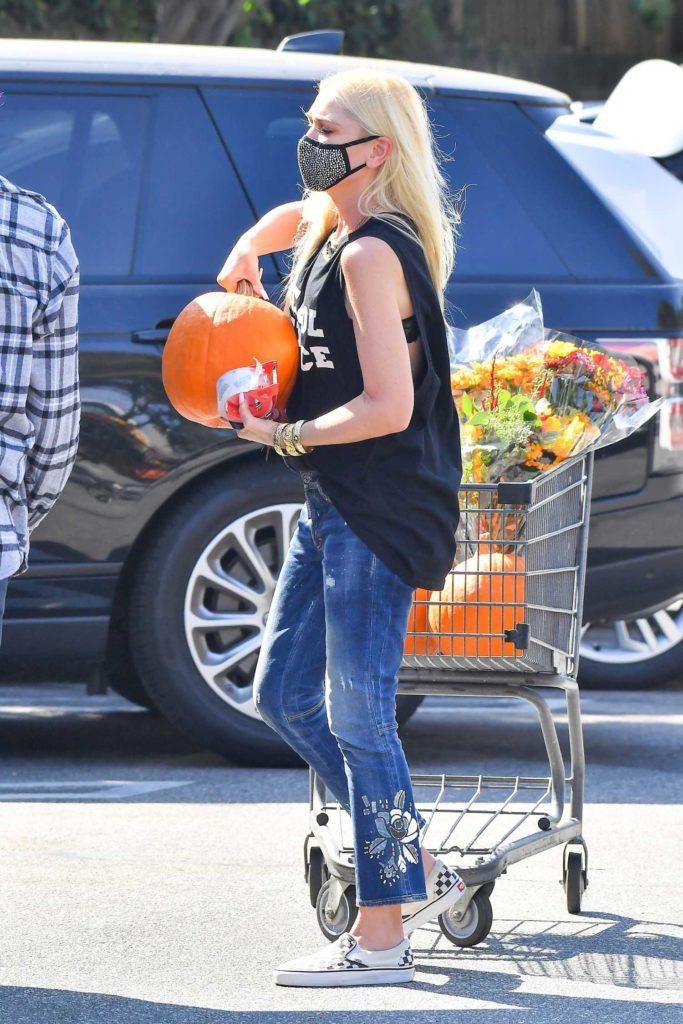 Gwen Stefani in a Black Tank Top