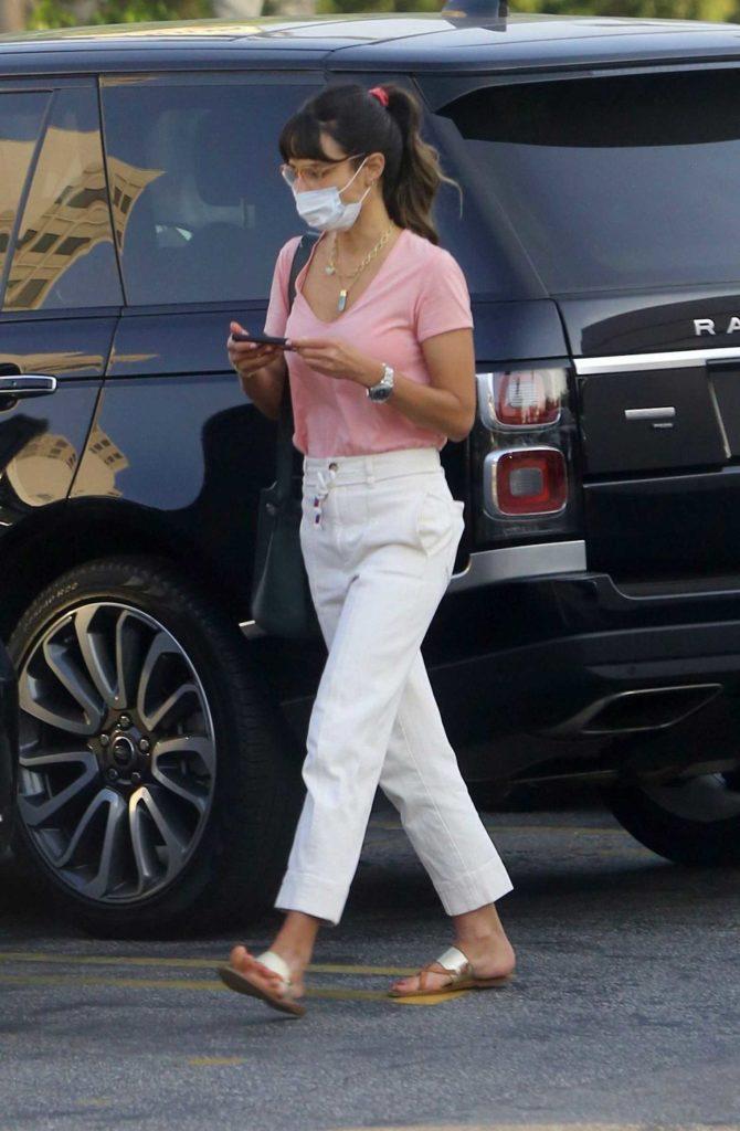 Jordana Brewster in a Pink Tee