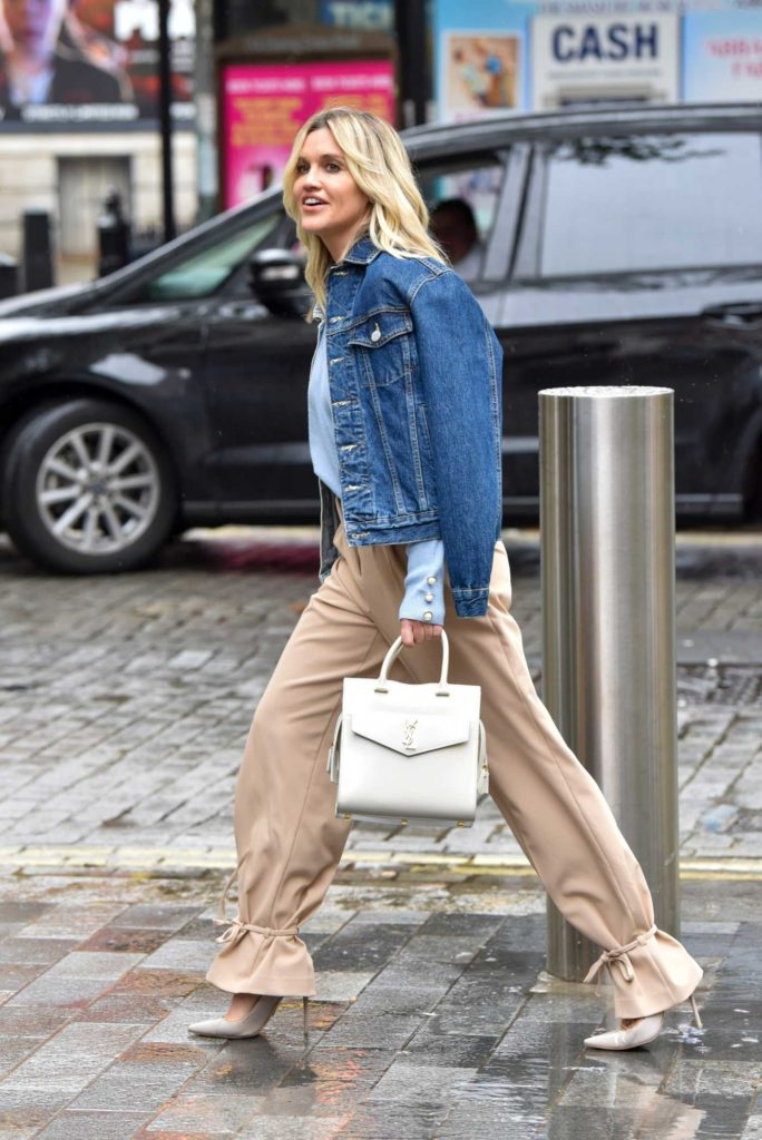 Ashley Roberts in a Beige Pants