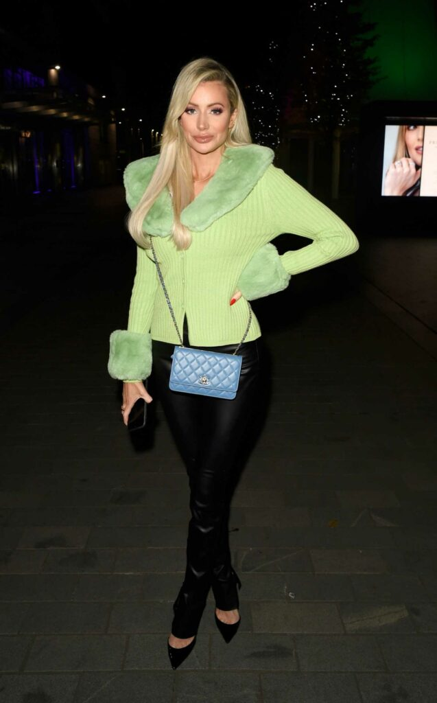 Olivia Attwood in a Black Pants